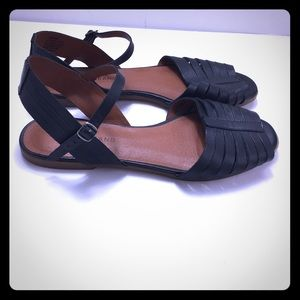 Lucky Brand Size 10 Channing Sandals